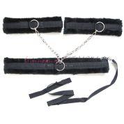 Фиксатор с ошейником с поводком с наручниками соединённые между собой черного цвета